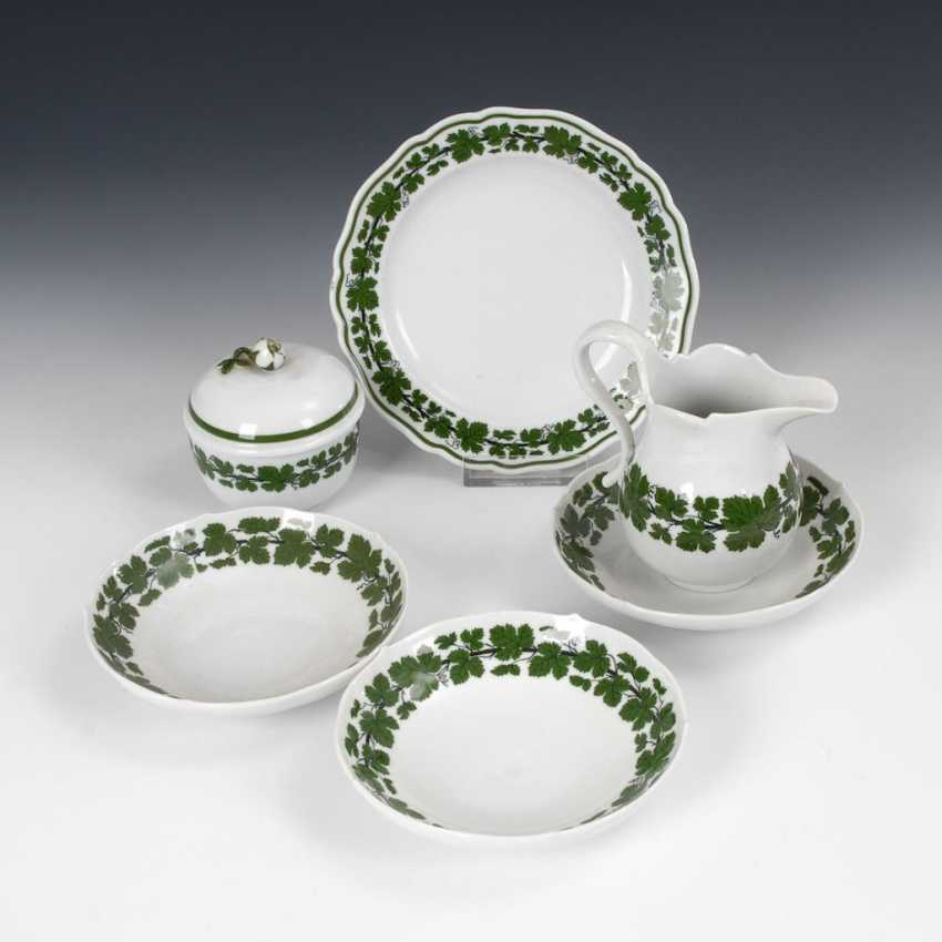 1 + 4 plates, sugar bowl and Milchkännc - photo 1