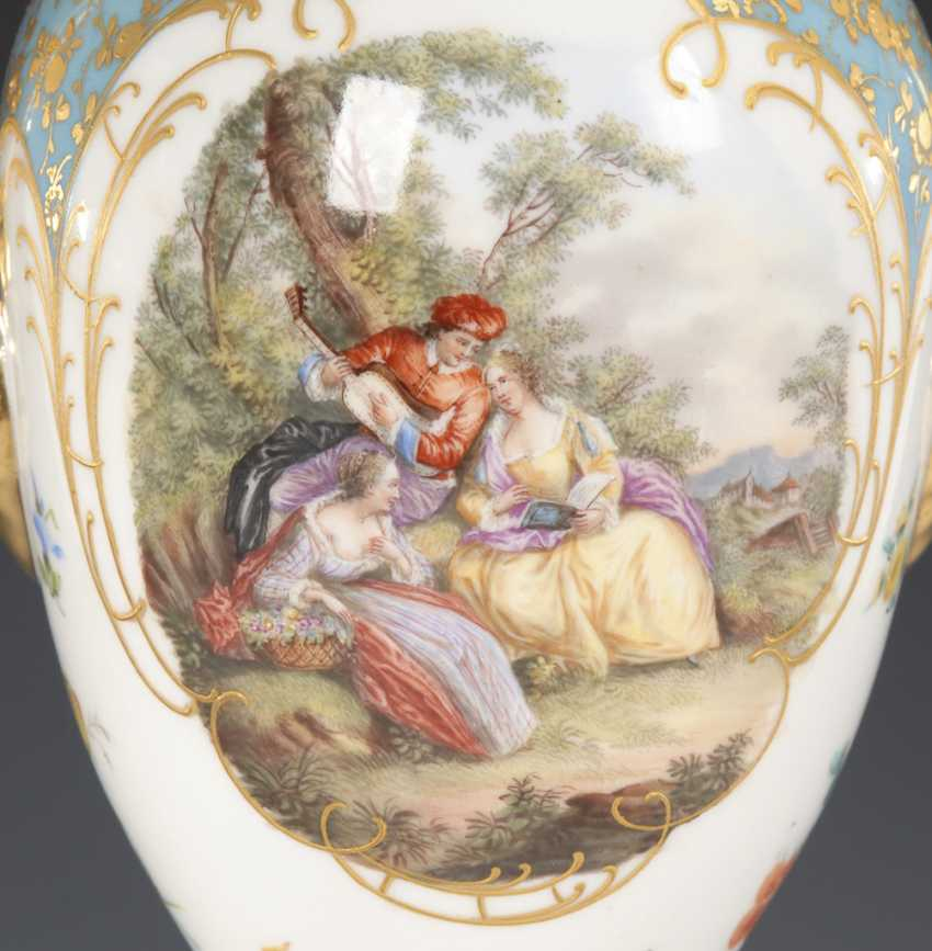 Amphora vase with a Watteau painting, POTSCH - photo 2