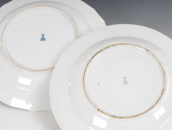 2 plates with flower painting, MEISSEN. - photo 2