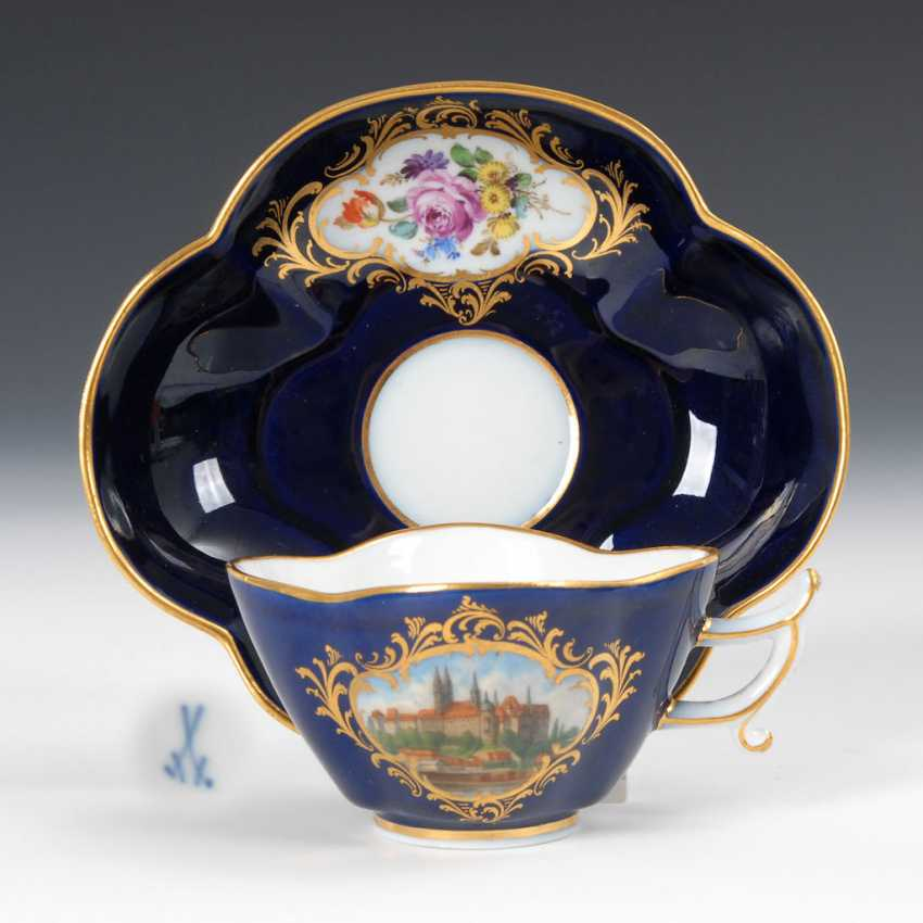 Quatrefoil Cup and saucer with cobalt Fund, MEISSEN. - photo 1