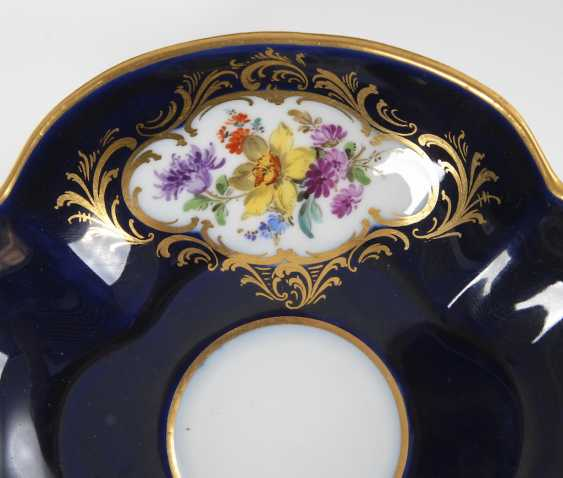 Quatrefoil Cup and saucer with cobalt Fund, MEISSEN. - photo 3