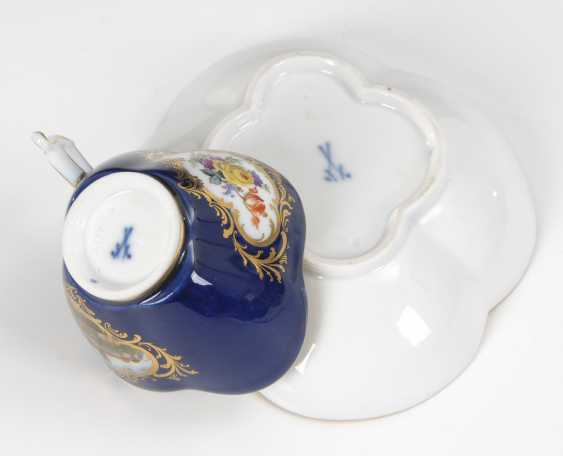 Quatrefoil Cup and saucer with cobalt Fund, MEISSEN. - photo 4
