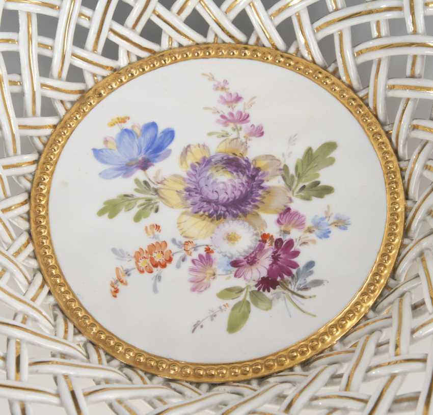 Wicker basket with flower painting, MEISSEN. - photo 2