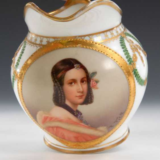 Milk jug with portrait of a lady, HUNTER, - photo 2