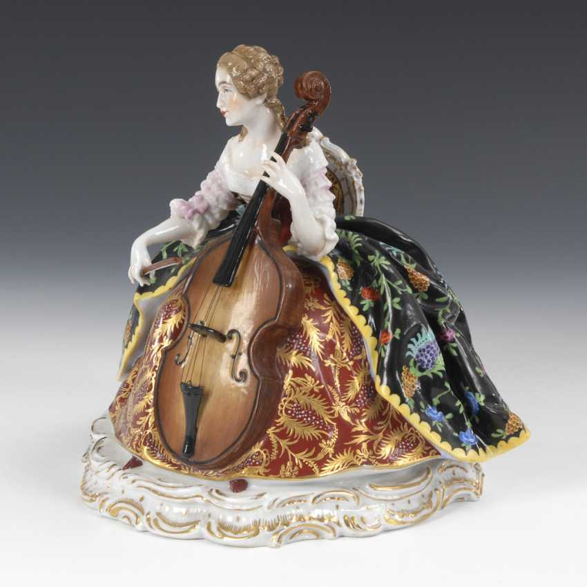 Musical Rococo lady, PASSAU, Germany. - photo 2
