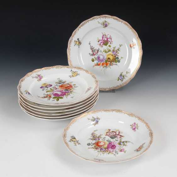 8 plates with flower painting, MEISSEN. - photo 1