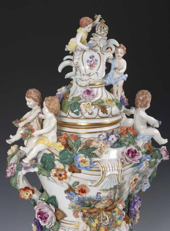 Great pomp-lidded vase, POTSCHAPPEL. - photo 4