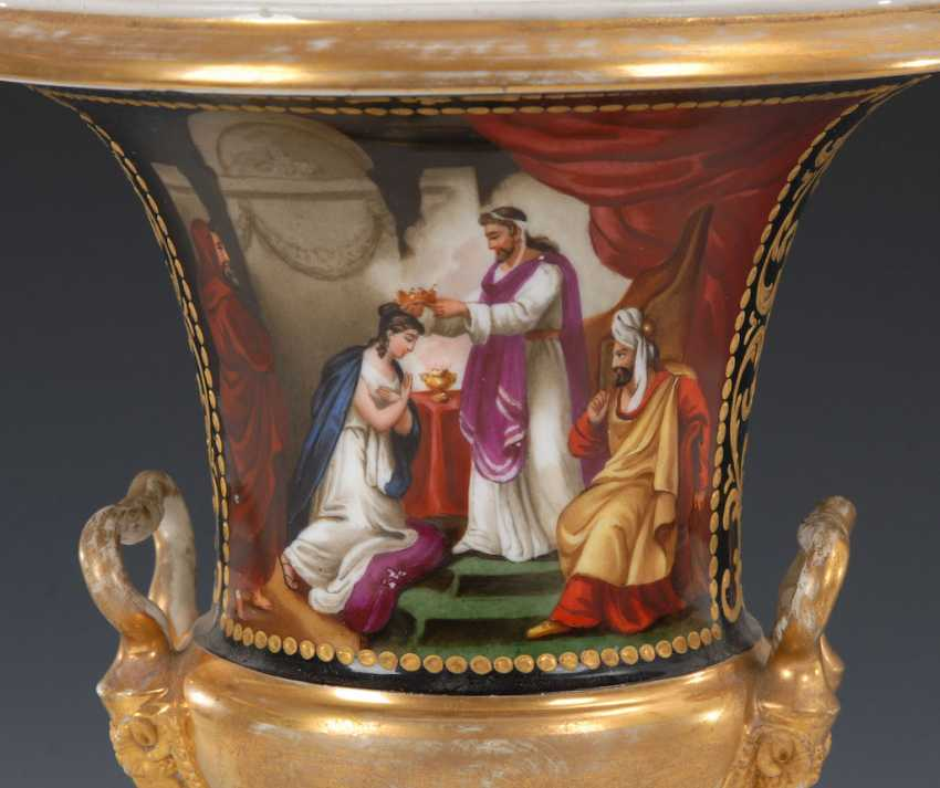 Pictures of vase with Bronzefuß. - photo 2