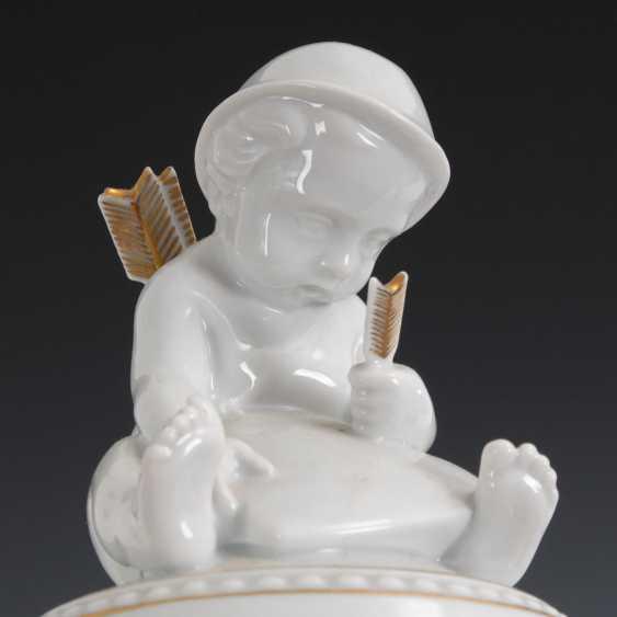 Box with Cupid boy, HUTSCHENREUTHER. - photo 2