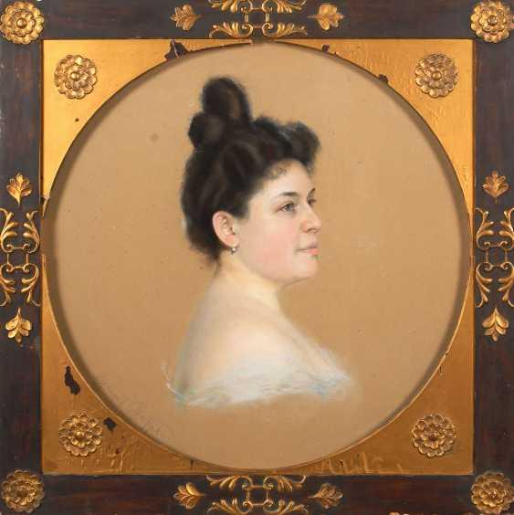 LARGE, Emanuel: woman portrait. - photo 2