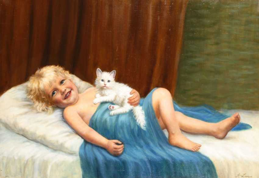 LAMP, Amanda: child with cat. - photo 1