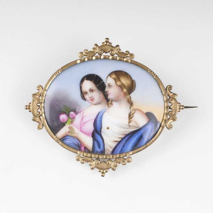 Biedermeier porcelain brooch with miniature painting - photo 1