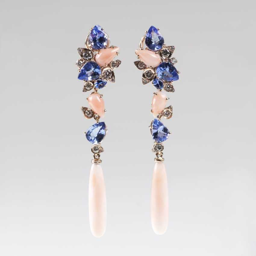 Pair of coral earrings with tanzanite and brilliant-trim - photo 1