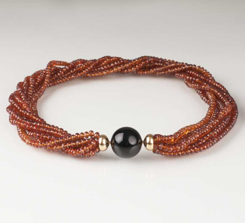 Quartz necklace with Onyx Clasp - photo 1