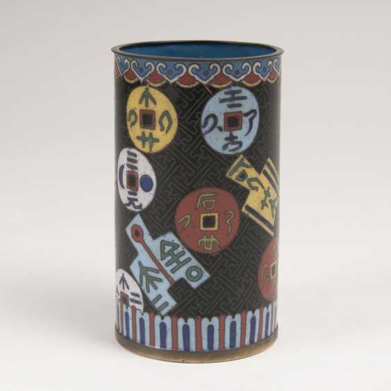 Cloisonné brush Cup with coin decor - photo 1