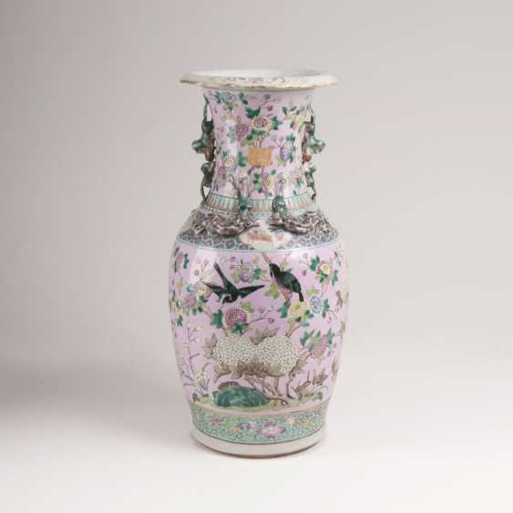 Canton Vase with flowers and birds - photo 1