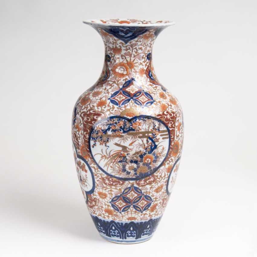 Imari Vase with flowers and birds - photo 1