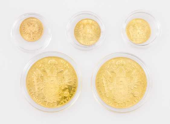 Magnificent gold Austria group in a different Form - consisting of