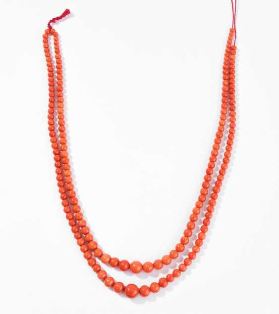Lot: 2 Coral Strands - photo 1