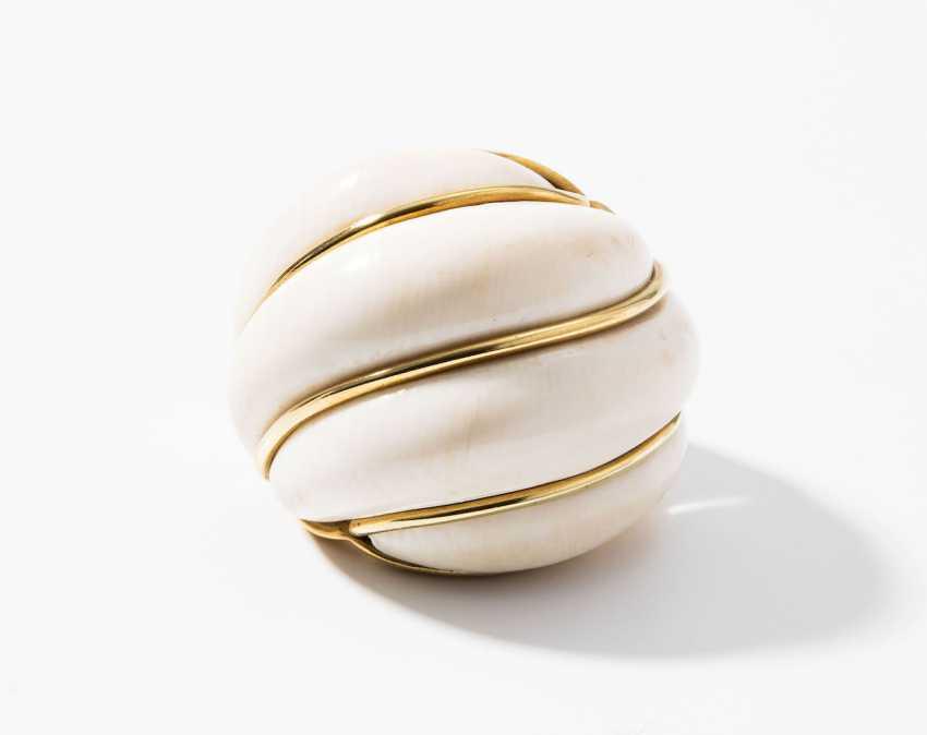 Ivory Ring - photo 1