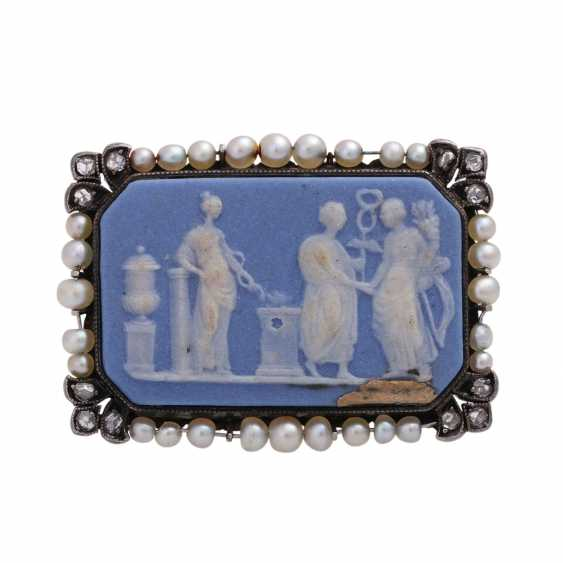 Brooch with a ceramic plate (Wedgewood), octagonal, bright blue-and-white, - photo 1