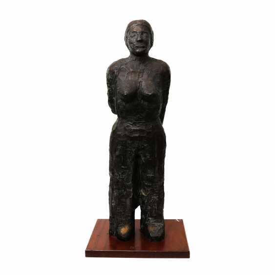 "MAHRINGER, BERTHOLD (born. In 1950, Bergisch Gladbach, Germany), ""The Female Half Nude"", Bronze, - photo 1"