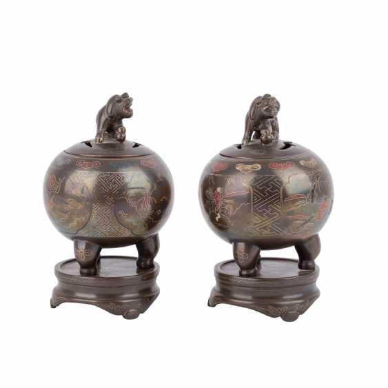 Pair of small incense burner made of Bronze. CHINA, 20. Century, - photo 4