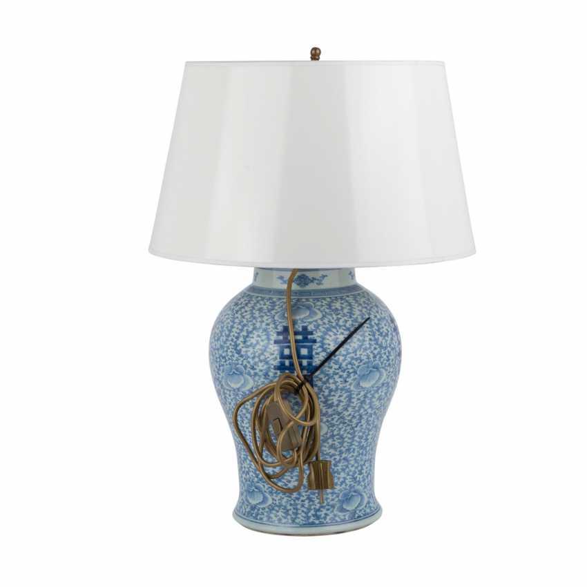 Unterglasurblaue Vase als Lampe montiert. CHINA. - photo 3