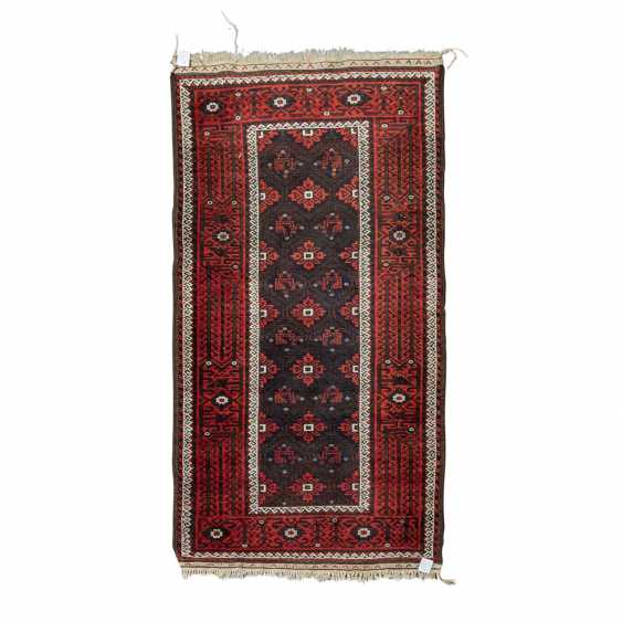 Orient carpet. BELUTSCH, 20. Century, approx 180x90 cm. - photo 1
