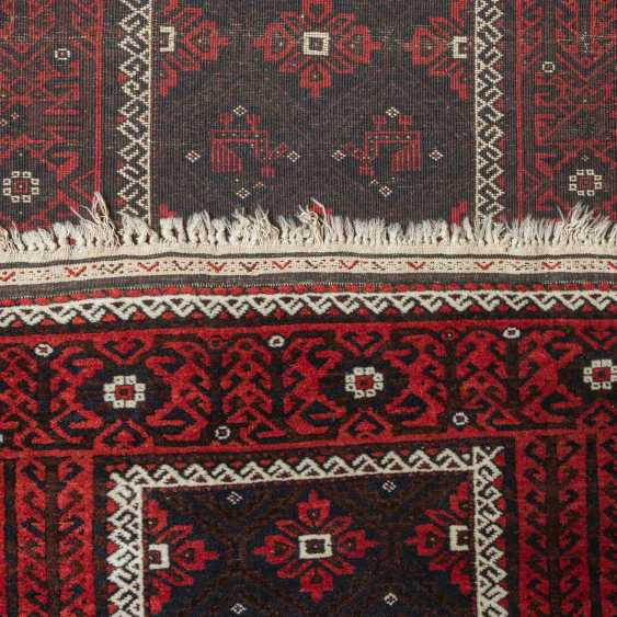 Orient carpet. BELUTSCH, 20. Century, approx 180x90 cm. - photo 3