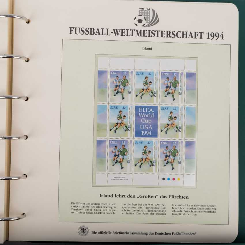 Theme of football world Cup in 1994, official collection - photo 3
