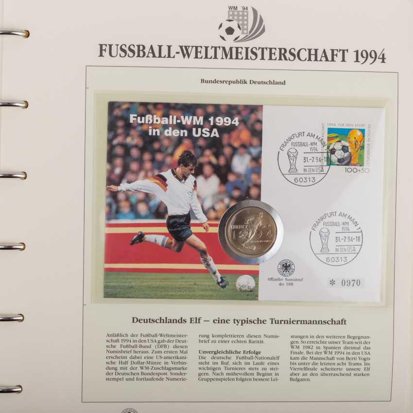 Theme of football world Cup in 1994, official collection - photo 4