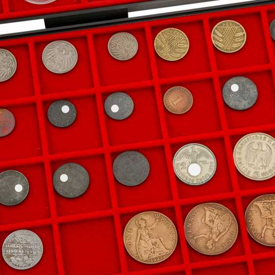 4 CABLE trays with a variety of coins in silver and - photo 5
