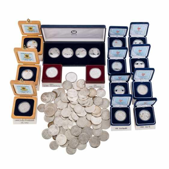 Austria - 23 x 500 shillings, 50 x 100 shilling, - photo 1