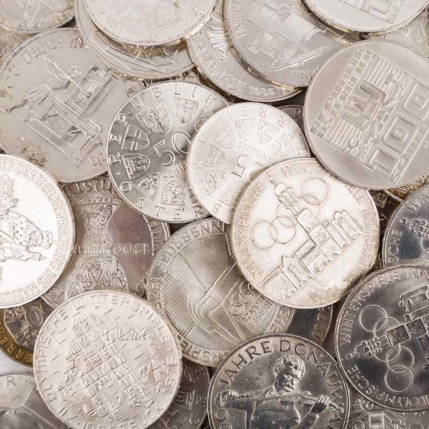 Austria - 23 x 500 shillings, 50 x 100 shilling, - photo 3