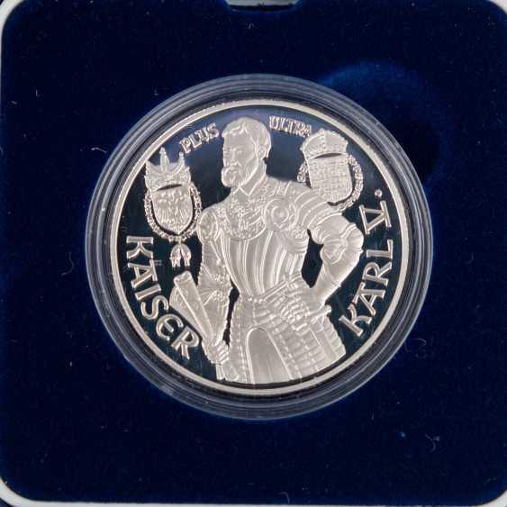 Austria - 23 x 500 shillings, 50 x 100 shilling, - photo 5