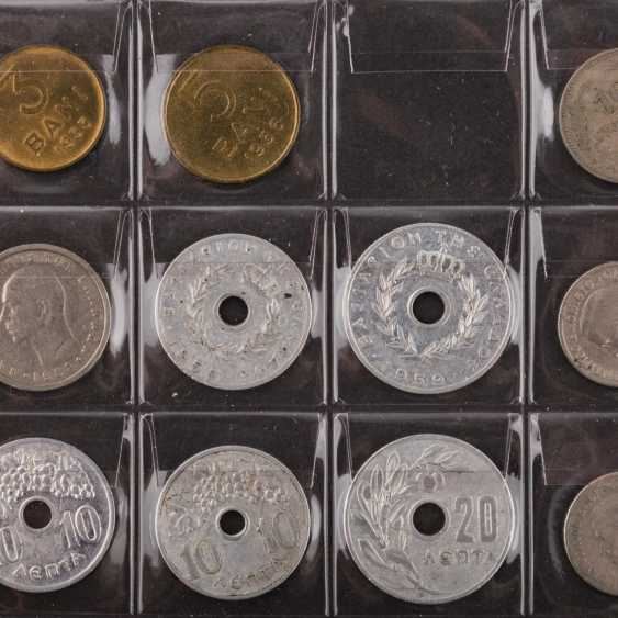 2 albums of world coins, effective approach, - photo 5