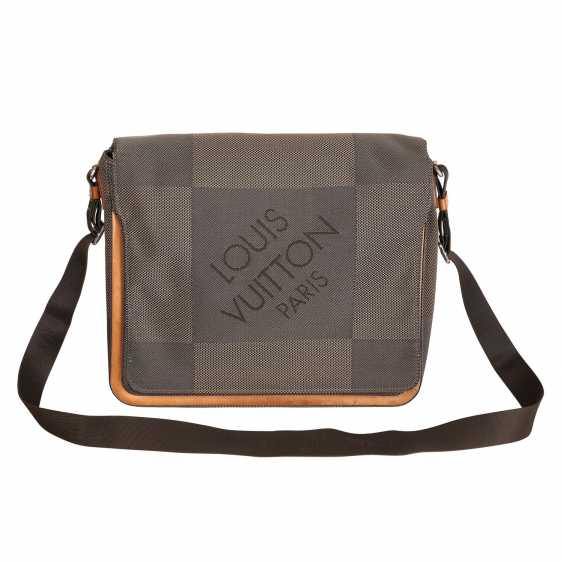 LOUIS VUITTON messenger Bag, collection: 2004, last download price: 1.900,-€. - photo 1