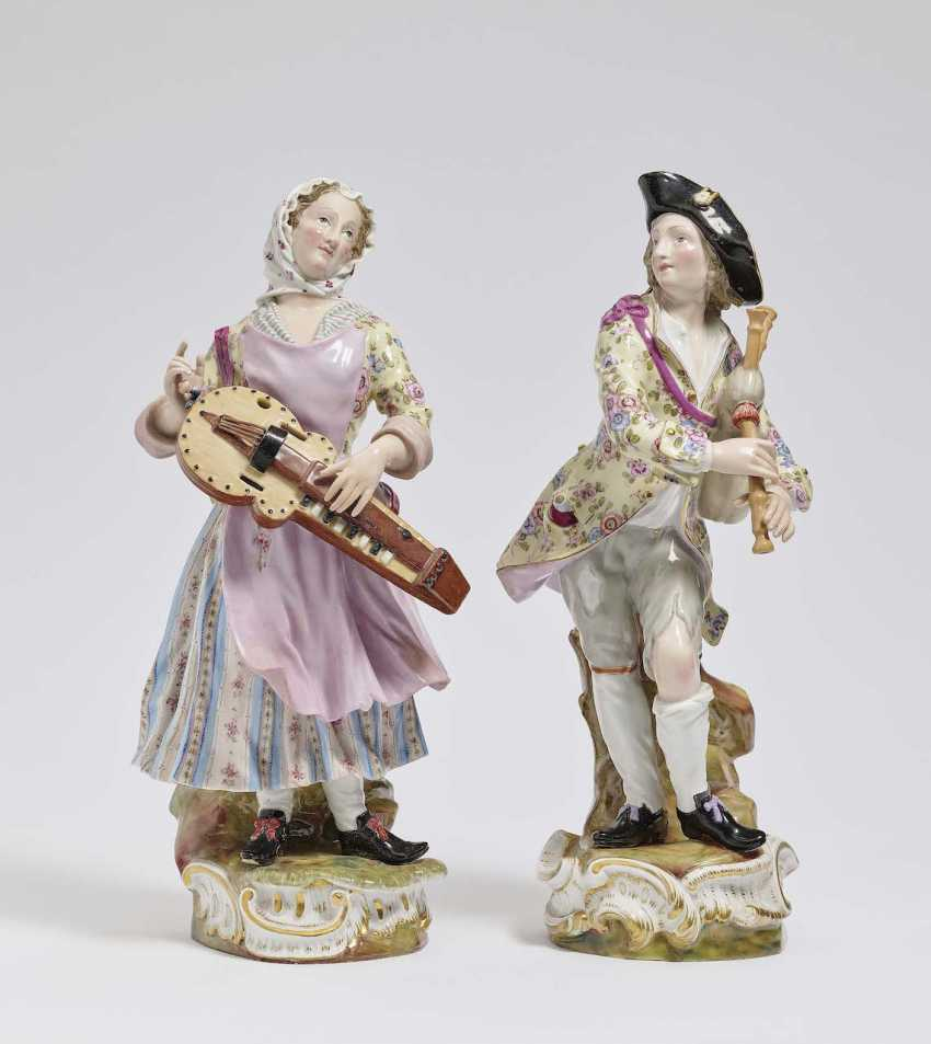 """Musicians few """"bagpipe players and hurdy-gurdy player"""". Meissen, 2. Half of the 19th century. Century - photo 1"""
