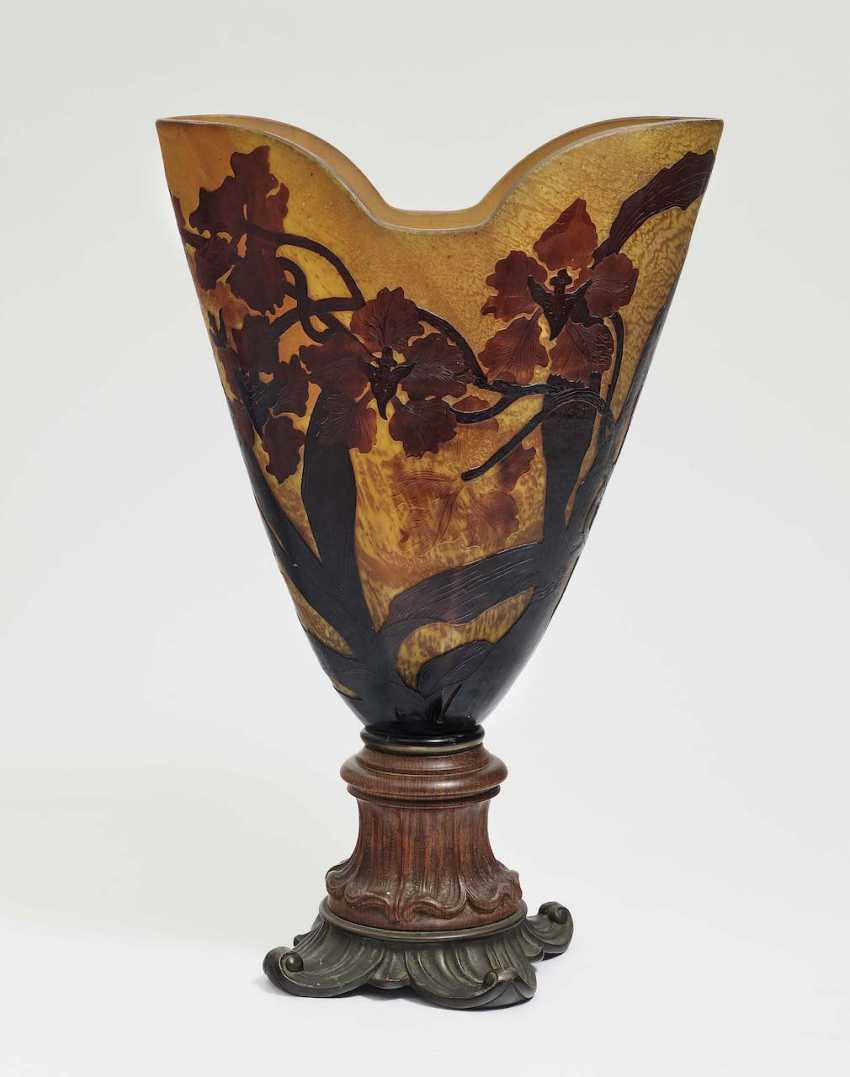Vase with Bronzefuß. Emile Gallé, Nancy, around 1900 - photo 1
