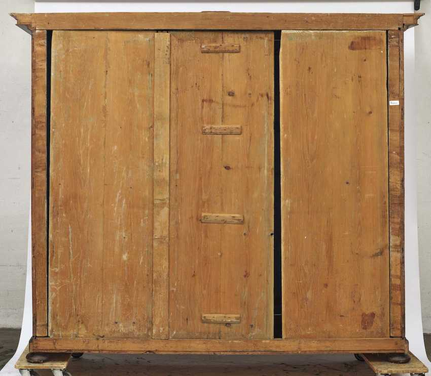 Facade of the Cabinet. South German Renaissance Style, Mid-19th Century. Century - photo 3