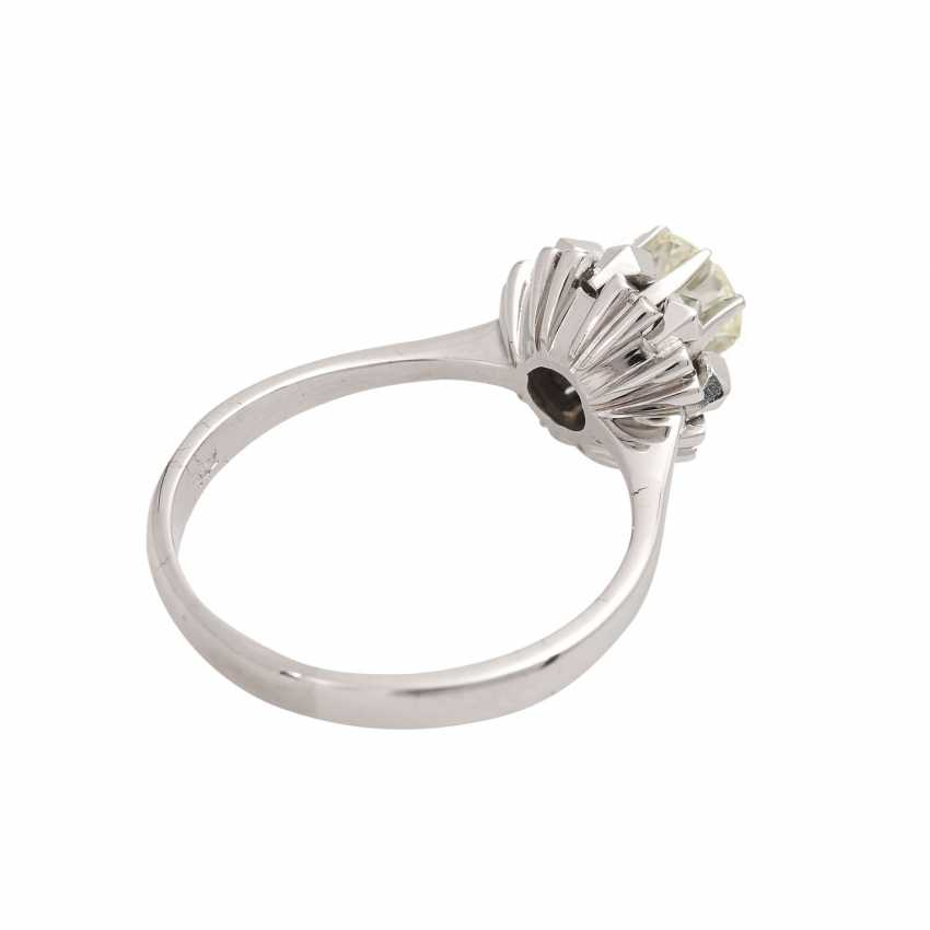 Solitaire ring with brilliant, approximately 1.1 ct, GET/VS, - photo 3