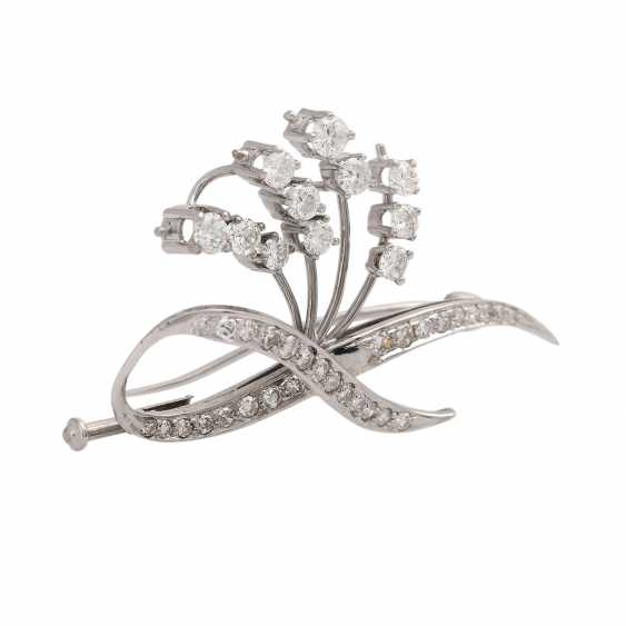 Diamond brooch together approximately 0.8 ct - photo 2