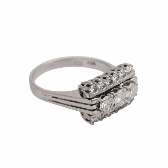 Ring with 15 brilliant-cut diamonds, - photo 2