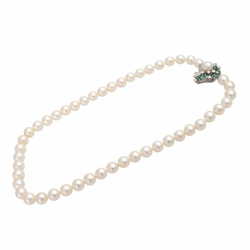 Akoya pearl necklace with gem-set Central portion, - photo 3