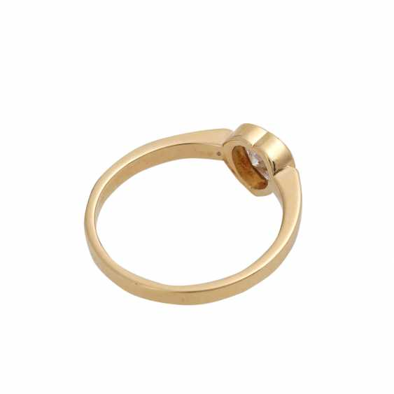 Ring mit Herzdiamant ca. 0,37 ct, - photo 3