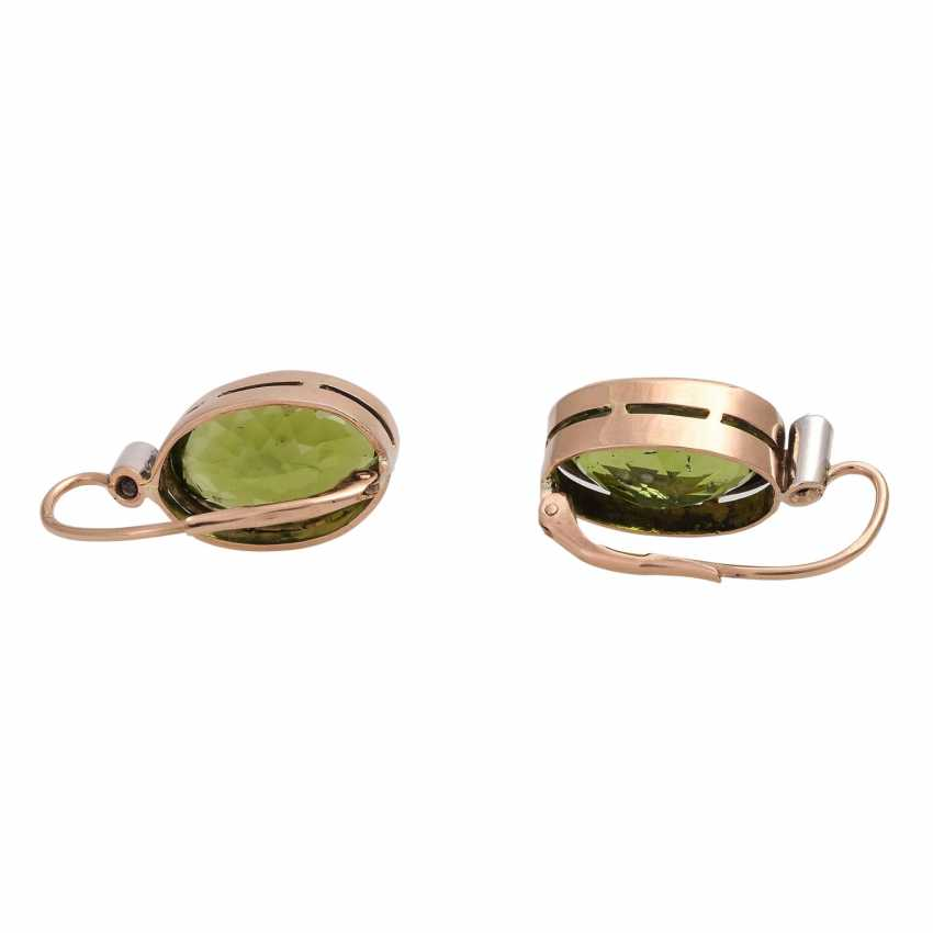 Earrings with 1 diamond, together approx. 0,1 ct and Peridot, - photo 4
