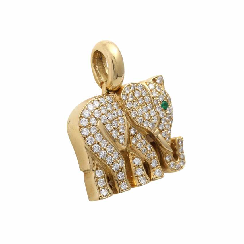 """Pendant """"elephant"""" paved with approximately 100 brilliant-cut diamonds, together CA. 0,9 ct, - photo 2"""