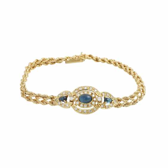 Bracelet with 3 sapphire cabochons and 38 octagonal diamonds, - photo 1