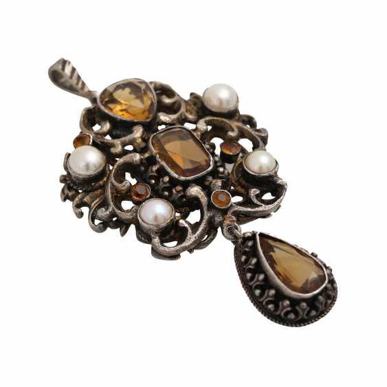 Mixed lot of 2 pendants with gemstones, - photo 2